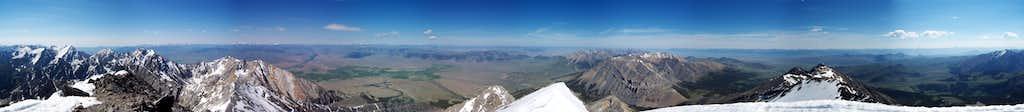 Borah Peak Summit Panorama