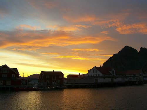 Midnight at Henningsvær II