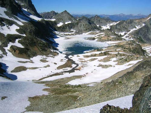 Mt Maude Ice Lakes