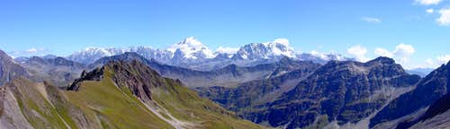 Il Grand Combin (4314m) e il Mont Velan (3734m)
