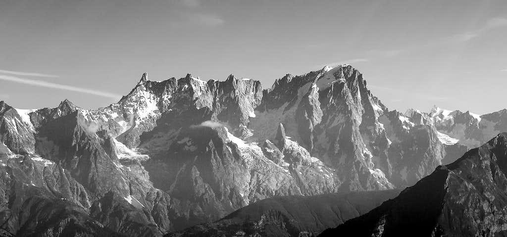 Les Grandes Jorasses (4208 m)