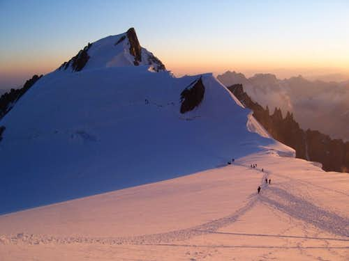 Sunrise over Mont Maudit