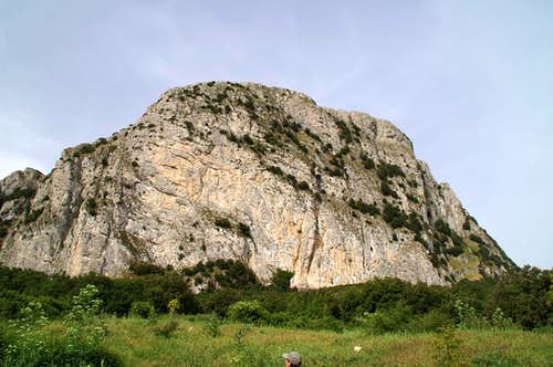 Rocca Ramusa north-east face