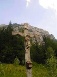 Cross on Klemenca jama