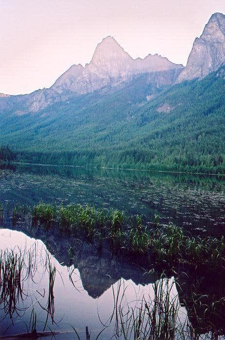 Hozo fr Hozomeen Lake