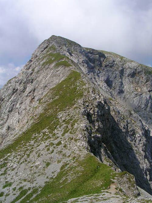 Clapsavon Ridge