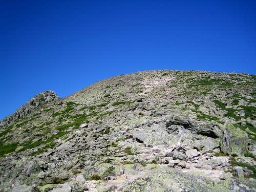 the long walk up Pamola