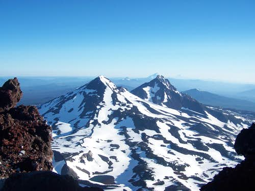 The view from the top of South Sister