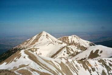 Mt. Tuk viewed from Mt....
