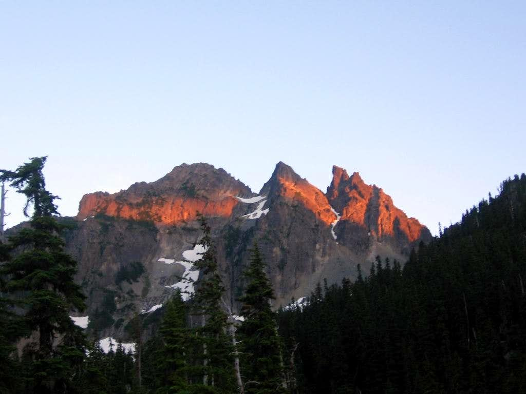 Alpenglow on Three Queens