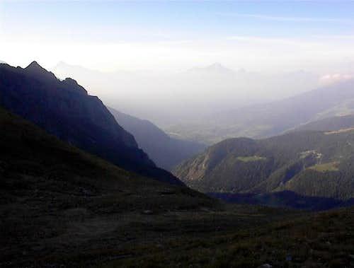 La Grivola (tre le nebbie),dal vallone di By