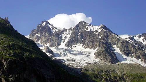 La Pointe Helbronner e le glacier de Toula