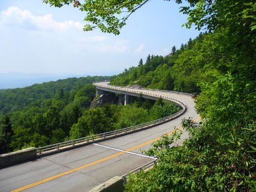 Linn Cove Viaduct - MP 304.0