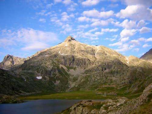 Peyregnets de Cambales and Pico de la Peira