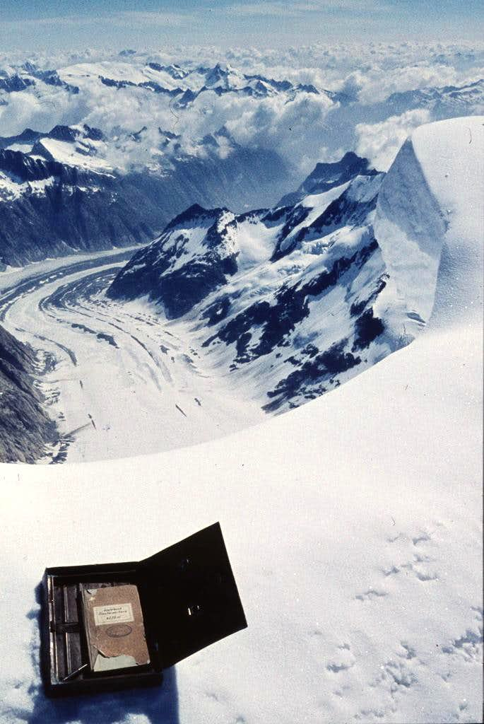 Finsterhorn. View from top...