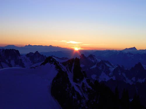 Sunrise at Mont Maudit on the way to Mont Blanc