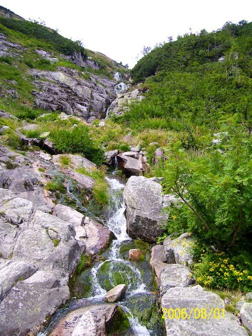 Lomniczka Watterfall