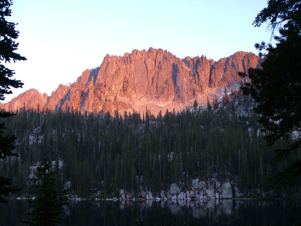 peak 9140 at sunset