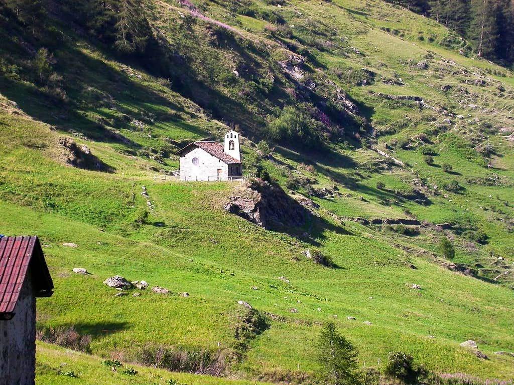 La piccola chiesetta di Surrier