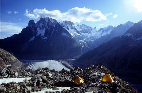 Bivouac over the Refuge the Requin