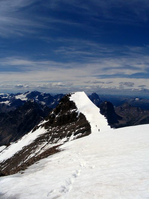 Between the two summits