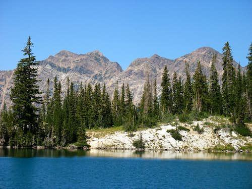 Cottonwood Ridge behind Red Pine Lake