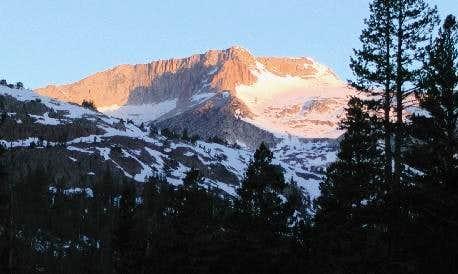 Dawn at Mt. Conness May 2001
