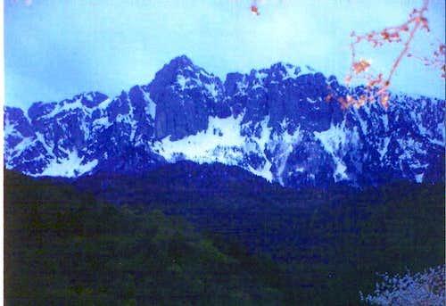Tsouka Rossa peak in the dusk.Late April 2006