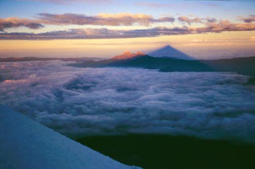 Sunrise on the Illinizas from Cotopaxi