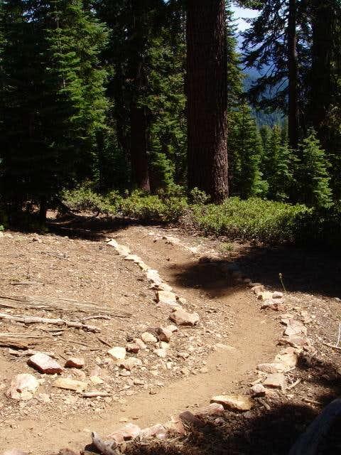 The trail to the top of Jordan Peak