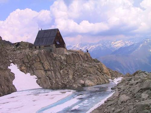 Cabane d\'Orny 2826 m above...