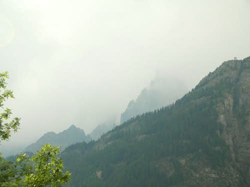 How a Storm Comes to Mt. Blanc (pic 7)
