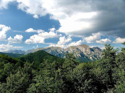 SE edge of Zelengora seen from Cemerno mountain pass