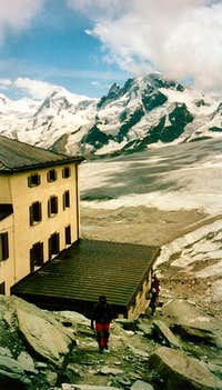 The Hörnli Hut overlooking Monte Rosa