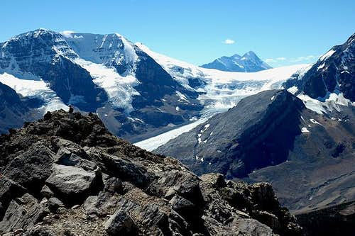Summit View towards the Athabasca Glacier