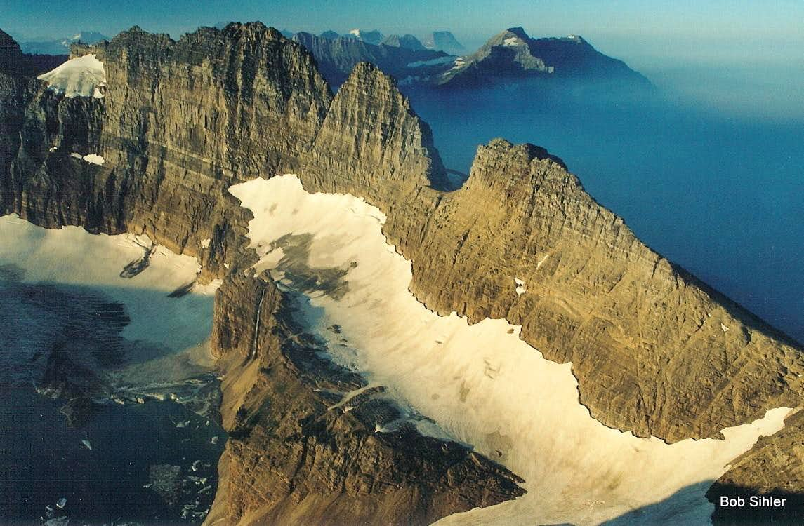 Garden Wall Glacier Overlook To Swiftcurrent Pass Climbing Hiking Mountaineering Summitpost