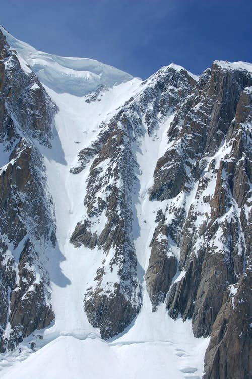 Jager couloir (right) and Gervasutti couloir (left)