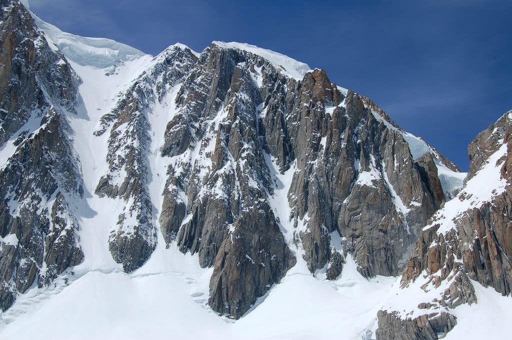 Gervasutti (left), Jager (middle) and Albinoni-Gabarrou (right) Couloirs