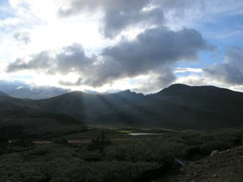 Mt. Bierstadt and the Sawtooth in partly cloudy (and cold) skies