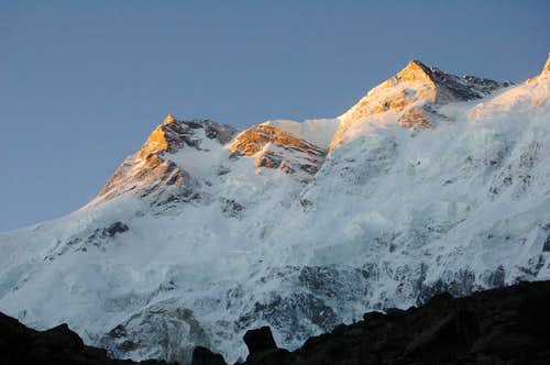 Sunrise over Silberzacken (7597m) & Nanga Parbat\'s subsidiary summit (7910m)