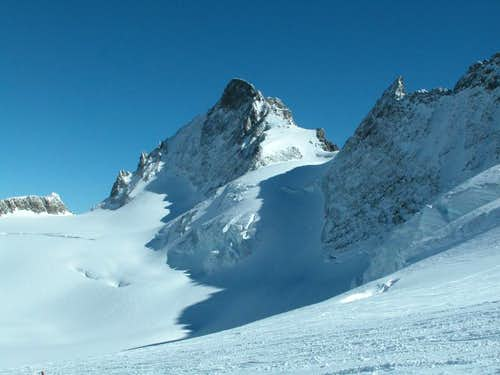 Ecrins > north face of Le Rateau