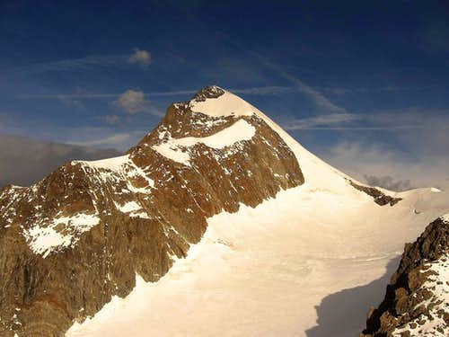 Aiguille de Trelatete seen from Petit Mont Blanc