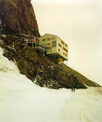 The Mönchjoch Hut – a futuristic structure
