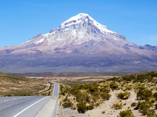 Road to Volcan Sajama, Bolivia