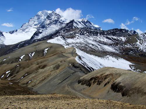 Road btwn Condoriri and Huayna Potosi, Bolivia,