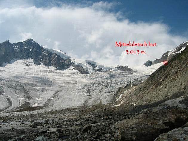 Mittelaletsch glacier and Mittelaletsch hut