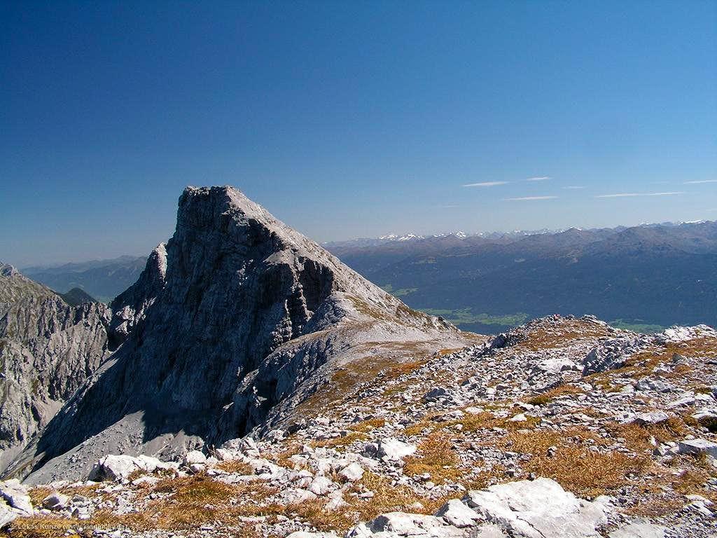 Kleiner Solstein summit