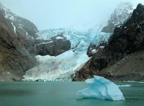 Los Glaciares > Glacier & Laguna Piedras Blancas