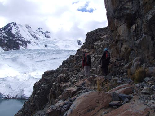 Moving past Lago Glacial