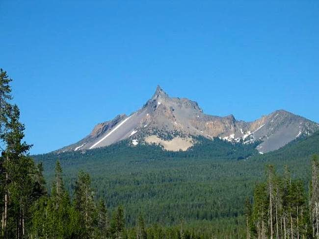 Mt. Thielsen from the west...